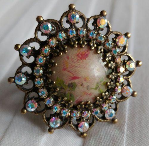 Michal-Negrin-White-Rose-Swarovski-Crystal-Round-Cameo-Ring-NEW-98-Adjustable