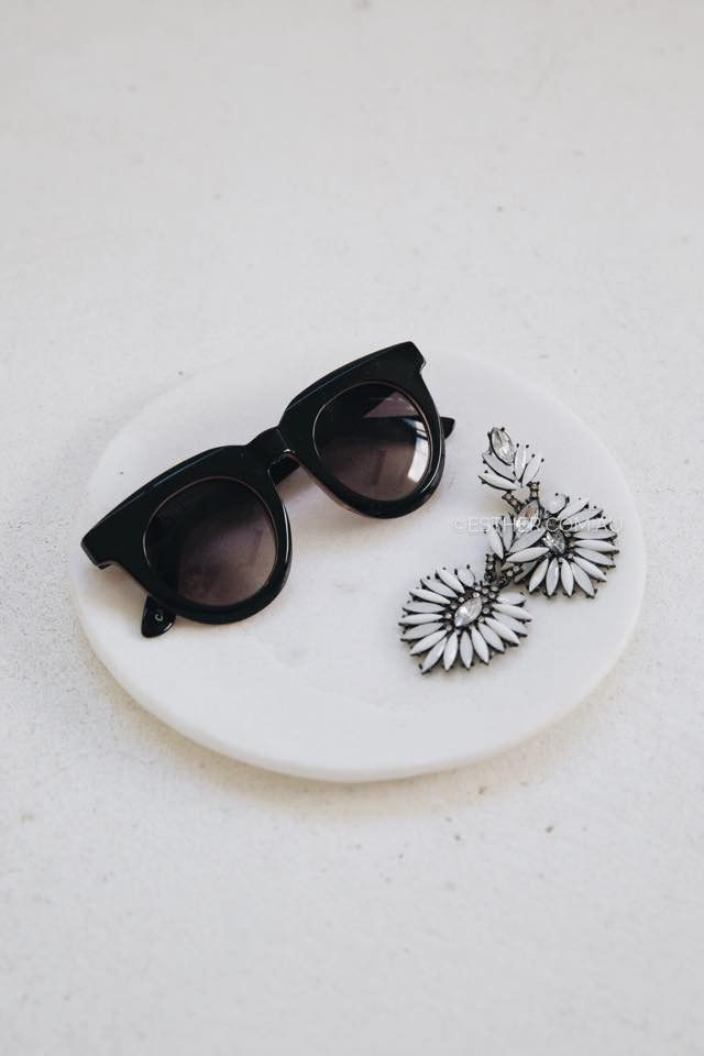 supa sundays passion pit sunglasses - gloss black | Esther clothing Australia and America USA, boutique online ladies fashion store, shop global womens wear worldwide, designer womenswear, prom dresses, skirts, jackets, leggings, tights, leather shoes, accessories, free shipping world wide. – Esther Boutique