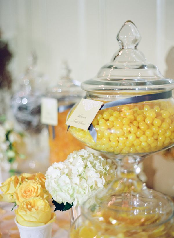 Buttercream yellow & grey wedding  |  jen lynne photography