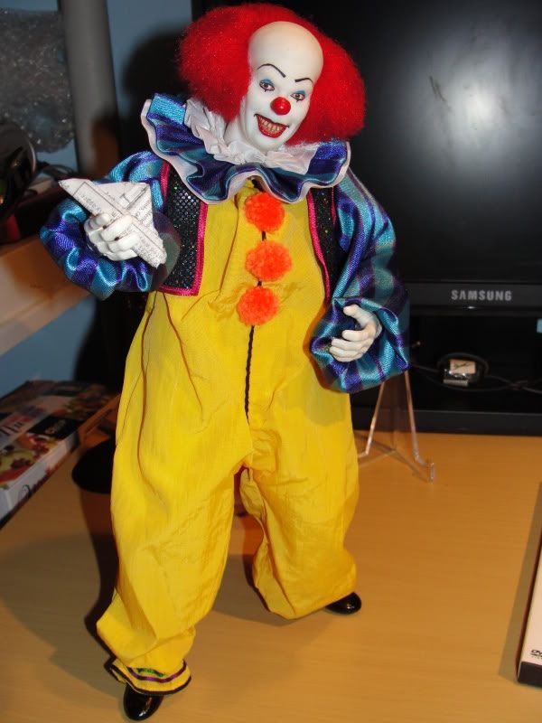 Scary Pennywise The Clown Fave Halloween Costumes