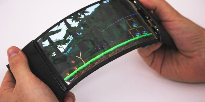 ReFlex: World's First Full-colour, High-resolution and Wireless Flexible Smartphone