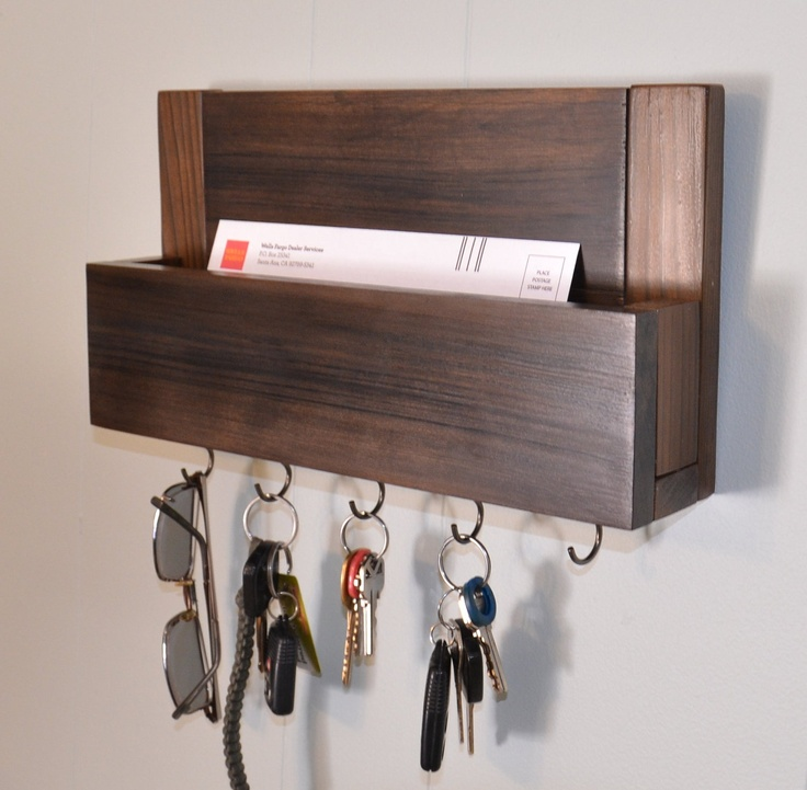 Really simple keys and mail holder Practical