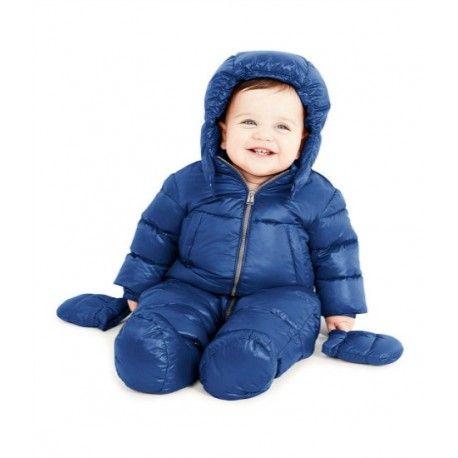 PIUMINO NEONATO ADD Piumino da neonato di Add in vero piumino naturale, tessuto nylon shiny ultralight, water repellent, fodera interna a costrasto, cappuccio staccabile, chiusura frontale e tasche con zip, coulisse sul fondo, guantini inclusi. Il tuo bambino starà al caldo e all'asciutto anche nelle giornate invernali più fredde. #add #adddown #bebè #neonati #mamma #modajunior #bimbi