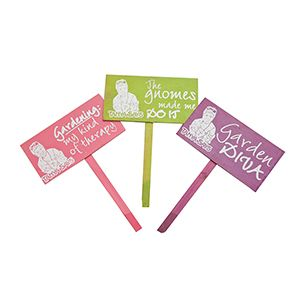 Funky garden signs to bring a bit of fun and colour to your garden