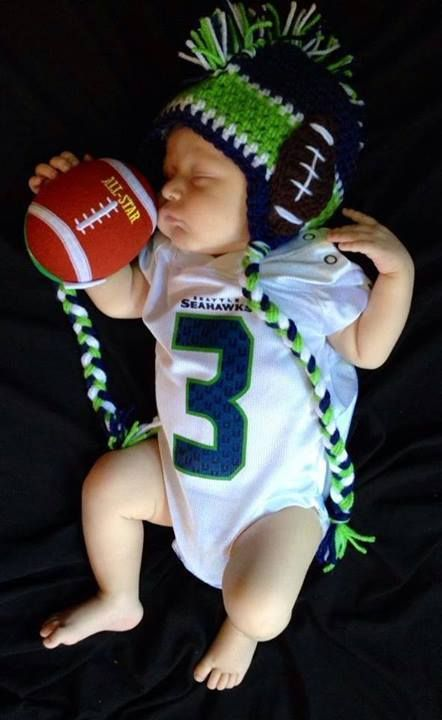 These parents are doing it right! Welcome to Hawk Nation little 12!