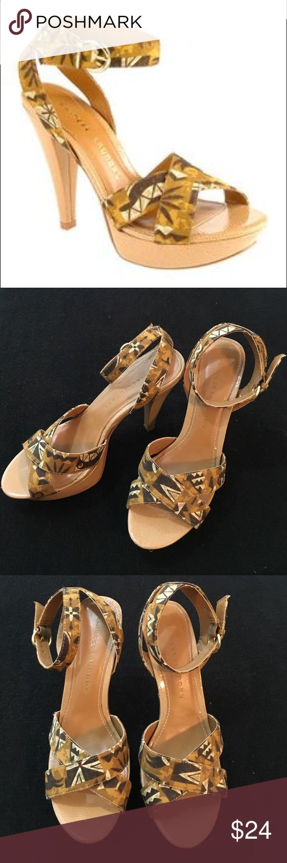 Chinese Laundry Breannie Tribal Print Pumps 8.5 Gently worn, brown/tan tribal patterned pumps, size 8.5, platform, comfortable, easy to wear Chinese Laundry Shoes