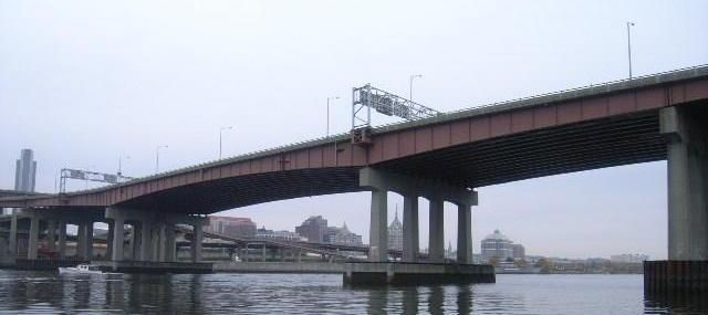The Dunn Memorial Bridge in Albany, NY will be undergoing construction this Spring.  Visit the project page and 511ny.org for more info.  https://www.dot.ny.gov/dunnbridge?nd=nysdot