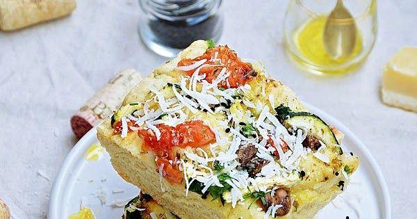 Focaccia Z Pieczarkami Cukinia I Pomidorem Food Breakfast Quiche