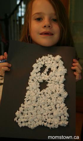 Cute tissue paper ghost #Halloween