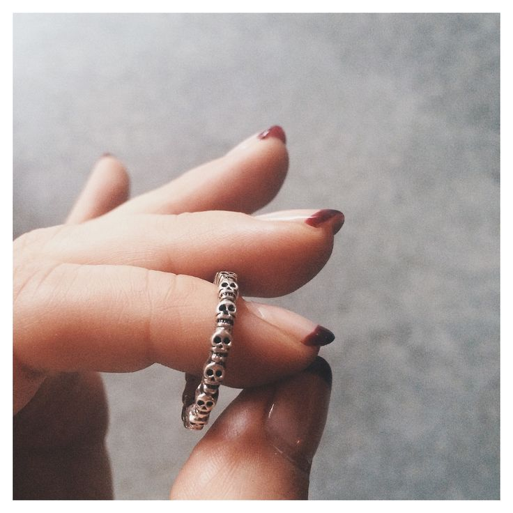 Bing Bang Eternity Skull Ring in a beautiful hand patina'd silver finish. Yes yes yessss!!! I neeeeed this's!