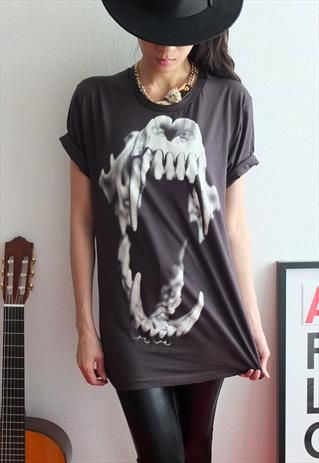 Sabertooth TIGER Skull Animal Punk Rock Print T-Shirt