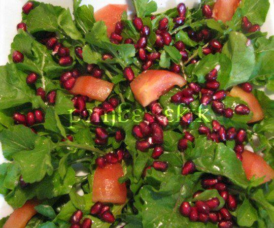 denenmiş nefis yemek tarifleri: portakal  sos ile narlı yeşil salata