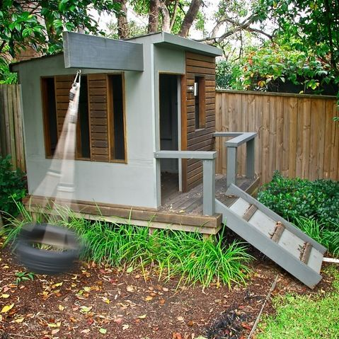 Simple playhouse designs woodworking projects plans for Simple outdoor playhouse plans