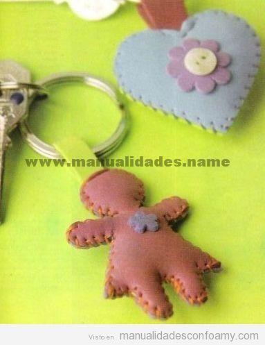 llaveros-goma-eva-foamy-muñeca-corazon.jpg (383×497)