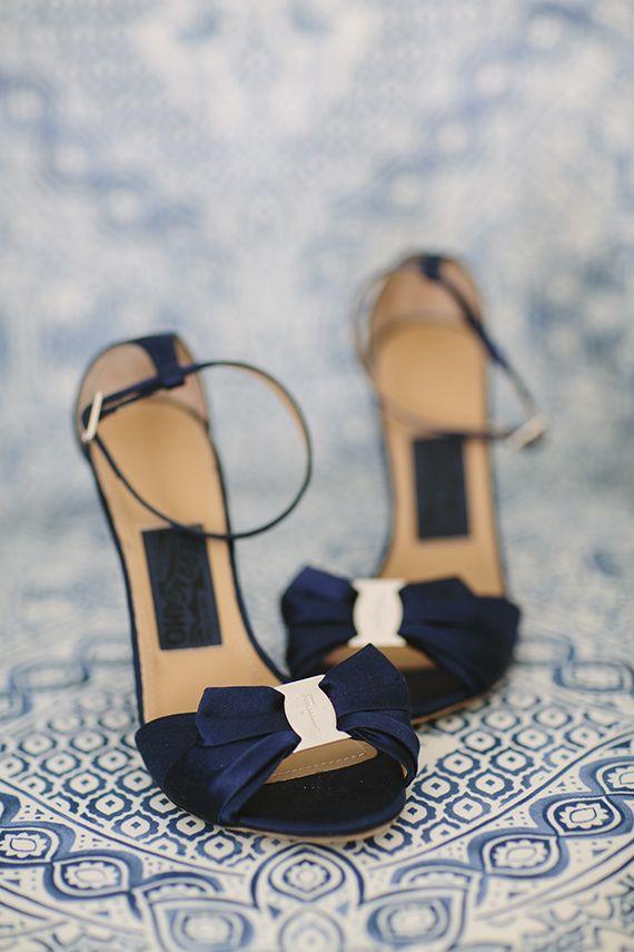 Palm desert wedding | Photo by joielala photo | Read more - http://www.100layercake.com/blog/?p=84389