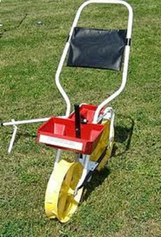 17 Best 1000 images about Garden seeder on Pinterest Gardens Saving