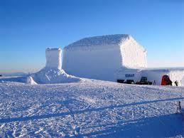 En kall vinterdag på Åreskutans topp. Jämtland