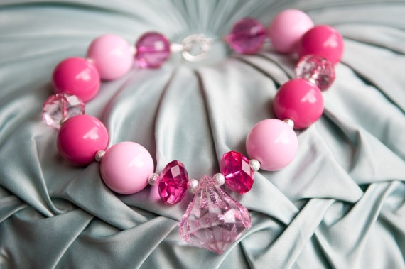 Post That Related With Decorating With Bubble Gum Pinks Ideas Inspiration