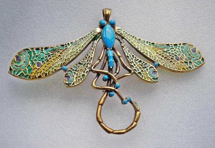 Fine large Art Nouveau design enamelled Plique a Jour Dragonfly brooch / pendant: