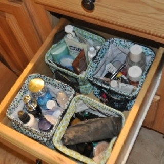 Thirty-One Inspiration - Drawer full of littles carry-alls to organize everything  (So Glad I ordered one!!)