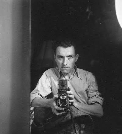 Robert Doisneau (1912-1994), self portrait. Veja também…