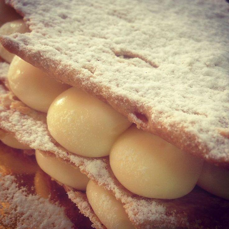 #mothersday #patisserie #pastry #milefeuille #vanilla