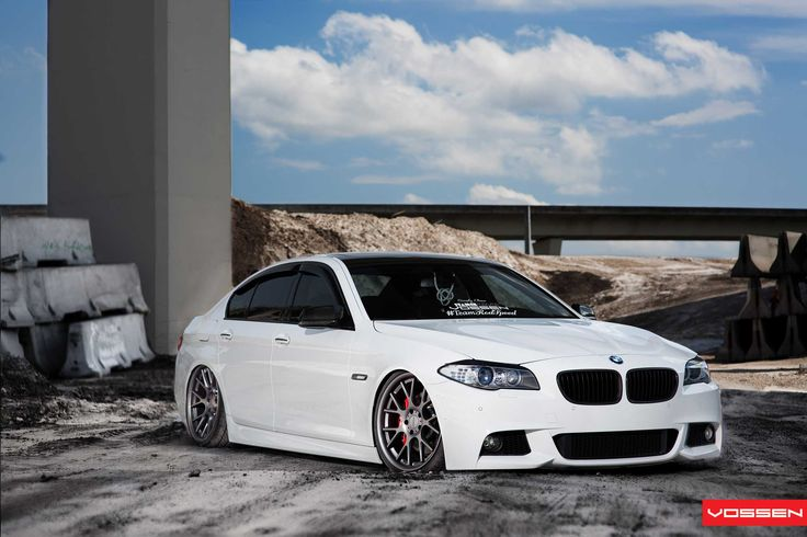BMW F10 M5 white slammed on Vossen wheels