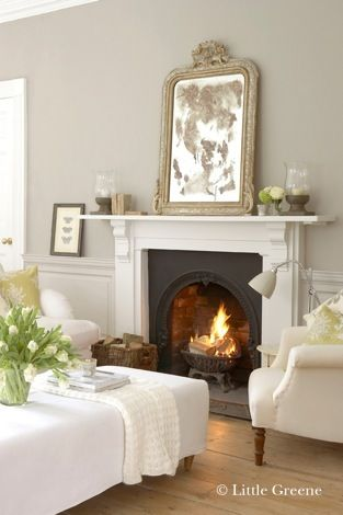 The Little Greene Paint French Grey family in Living Room | Kleuren Little Greene French Grey in de woonkamer