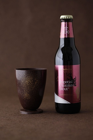 Japanese brewery Sankt Gallen introduces special edition chocolate stout and edible glass combination.
