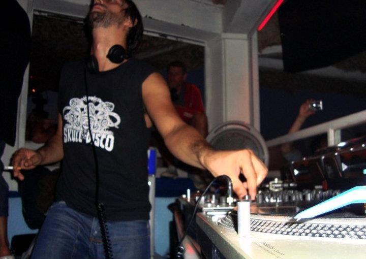 Blend at Cavo Paradiso with #RicardoVillalobos back in 2008! #LegendaryCavo #Mykonos