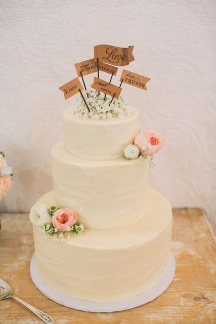 Spreading floral love.: Vintage Barn Wedding