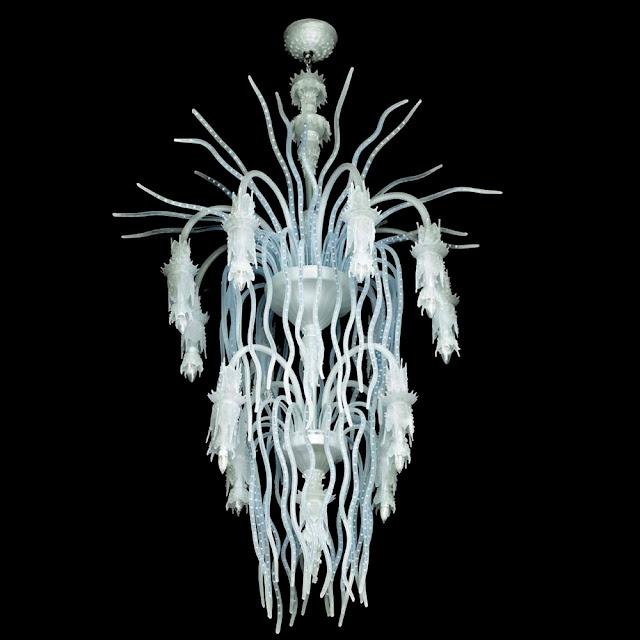 Murano glass chandelier with led... read more: http://myartistic.blogspot.it/2009/11/231109-lampadari-illuminazione-led-e.html