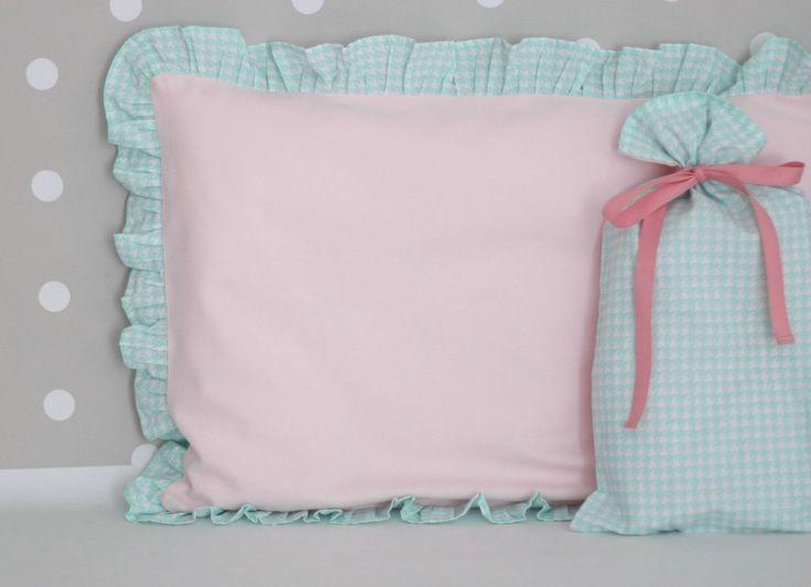 Organic cotton nursery bedding - pościel do łóżeczka miętowa pepitka http://www.papillon-shop.pl/posciel-bawelniana-rozowo-mietowa-w-pepitke.html
