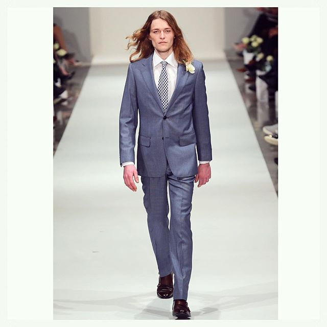Our mid-blue bird's eye suit on the runway worn by @jasperpanda as part of the @newzealandweddingsmagazine Collection show at @nzfashionwk  #runway #fashionweek #nzfw #suit #menswear