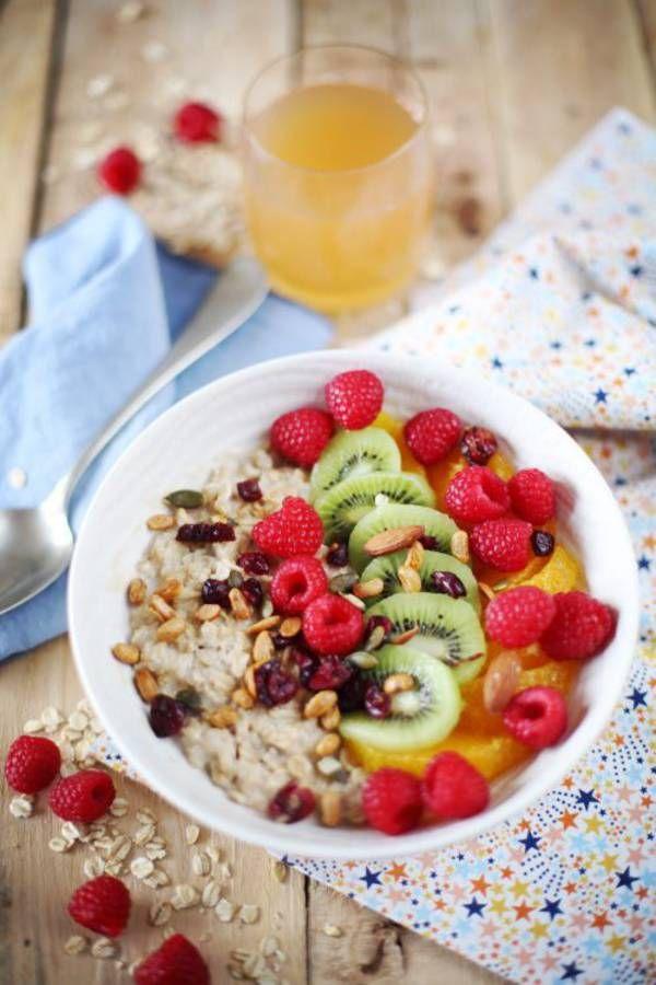 Porridge au lait de noisettes et fruits frais / recette minceur / healthy food
