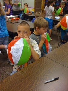 """This is such a great idea for the last day of school. Give each child a beach ball and marker for them to have as an """"autograph page."""" I will be doing that this year!!"""