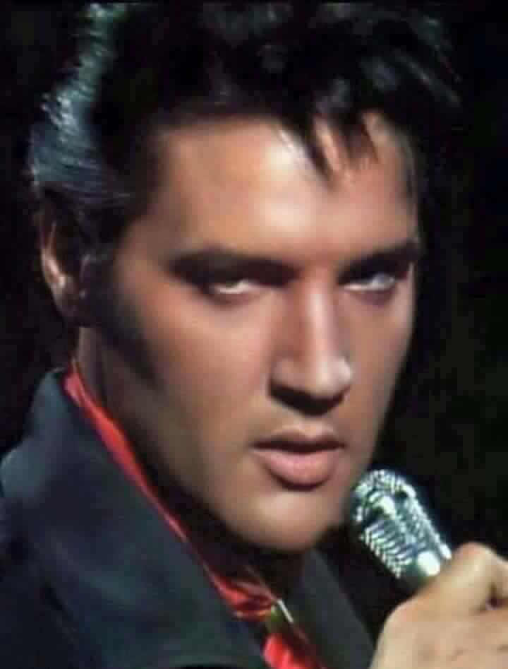 Pin by Lorraine Clayton on Elvis the most handsomest man ever to walk