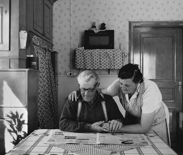 Helmer and Berta Jonsson, Baggård Nordmaling, Sweden 1960. By Sune Jonsson