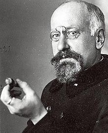 Ilmari Kianto, a Finnish author. *Birthday 7 May (1874)* http://en.wikipedia.org/wiki/Ilmari_Kianto