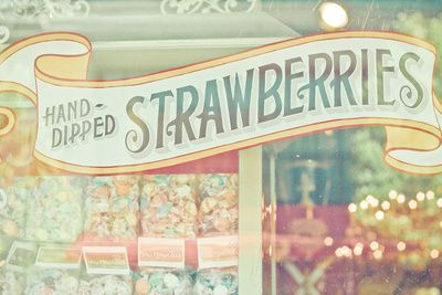 Hand-dipped Strawberries - Living in a candy land!