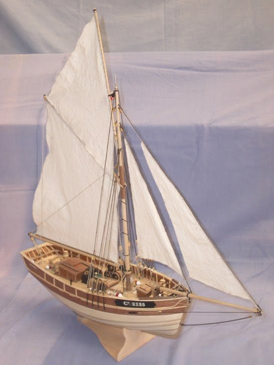 Le Camaret, Scottish Maid, Santa Maria, Hajótest mint virágtartó, hajó m...