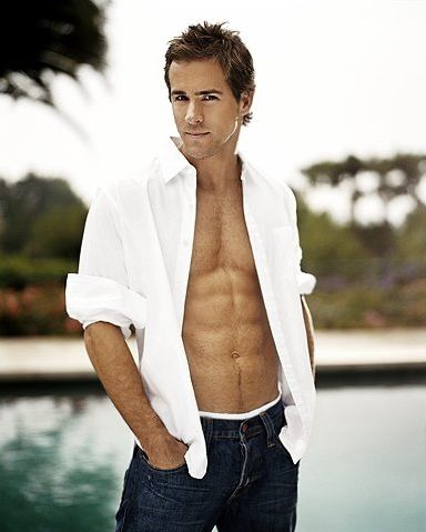 I'm SO in love with this man....if I wasn't married I would be stalking him and somehow persuade him to marry me! LOL