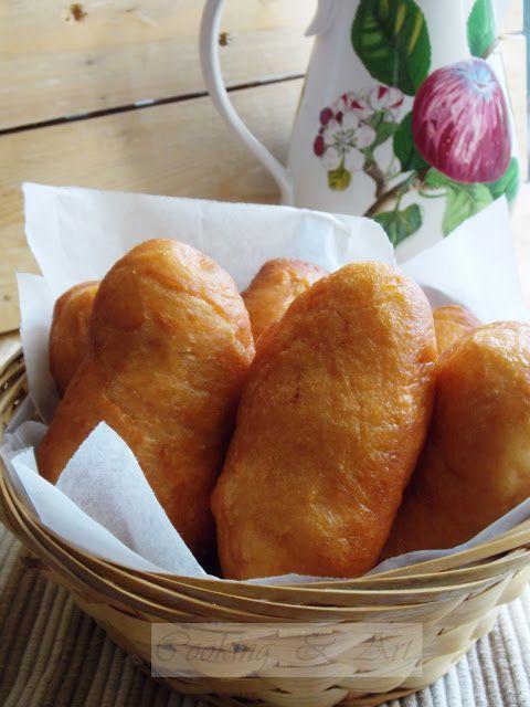 Πιροσκί με γέμιση πατάτας / Piroshki with potato stuffing