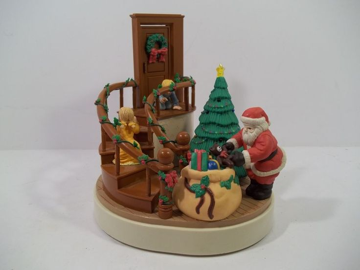 Christmas Around The World House Of Lloyd Music Box 1989