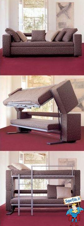 Il divano con il letto a castello...comodissimo!