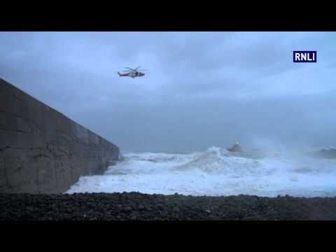 ▶ Impressive: The Newhaven all-weather lifeboat at work during the recent storms on the south coast of England...