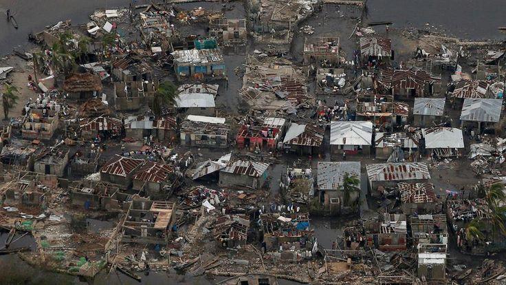 En fotos: desconsuelo y destrucción en Haití tras el paso del huracán Matthew  Así quedó la empobrecida Haití luego del paso del desvastador huracán que la azotó violentamente, dejó como saldo cientos de muertos y cuantiosos pérdidas materiales. Foto: Reuters / Carlos García Rawlins