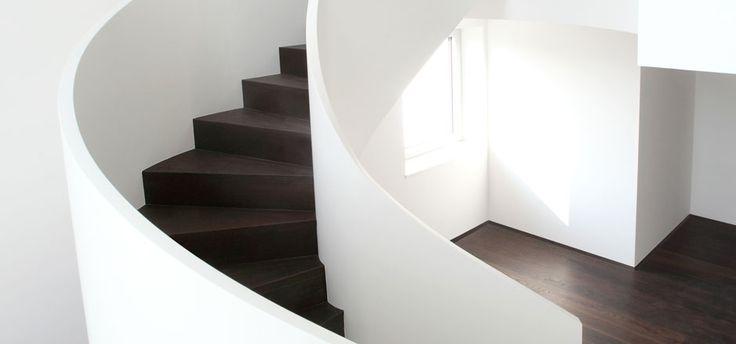 >> Wenn es etwas Besonderes sein soll <<  MODERNE TREPPEN. Ganz gleich, ob gerade, gewendelt oder gebogen, ob mit oder ohne Podest, bei Schmidmayer Treppenbau werden Sie genau die Treppe finden, die zu Ihnen passt – einfach, modern, stilvoll, traditionell oder exklusiv. Auf jeden Fall aber passend zu Ihrem Wohnambiente und Ihrem eigenen persönlichen …