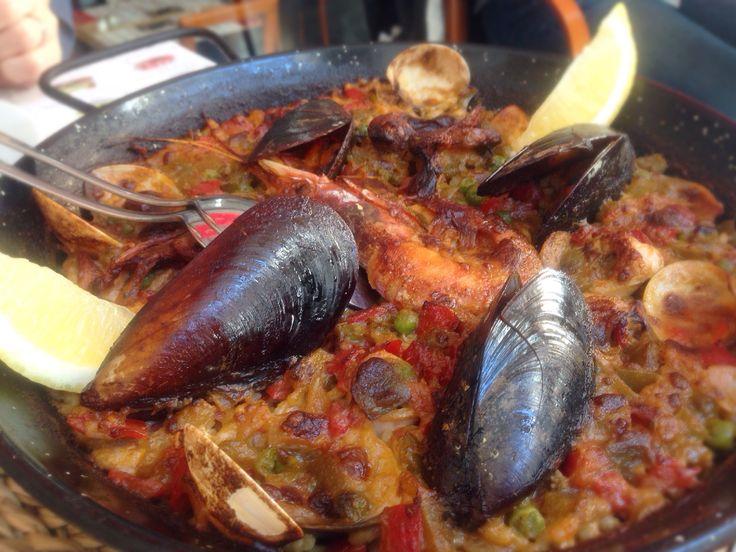バルセロナでパエリヤ 海鮮の街 #Spain #Balcerona