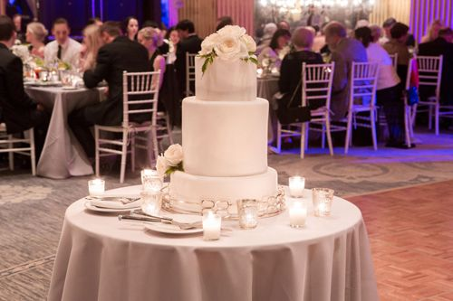 Wedding cake by Lowcountry Confections, Savannah, GA